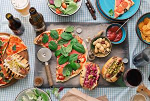 Обои Быстрое питание Пицца Хот-дог Орехи Вино Листья Кетчуп Бутылка Базилик душистый