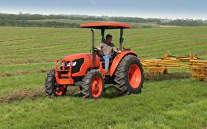Фотографии Поля Трактор 2007-17 Kubota M7040 ROPS