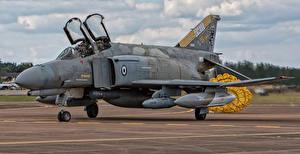 Картинки Самолеты Истребители Бомбардировщик Douglas F-4E Phantom II 01508-4