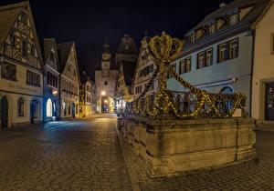 Картинка Германия Здания Пасха Улица Ночь Дизайн Rothenburg ob der Tauber Города