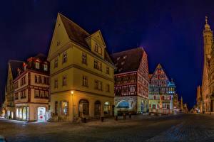 Картинка Германия Здания Дороги Улица Ночные Rothenburg ob der Tauber