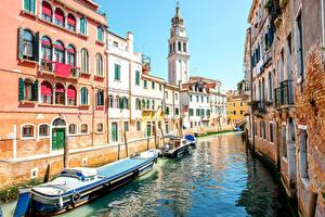 Фото Италия Здания Пристань Корабли Речные суда Венеция Водный канал Города