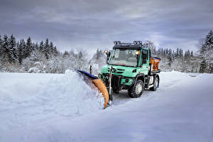 Картинки Mercedes-Benz Снег 2015-18 Unimog U 427 Автомобили