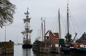 Обои Нидерланды Дома Реки Пирсы Корабли Парусные Hoorn Города