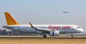 Картинки Самолеты Пассажирские Самолеты Эйрбас A320-251NSL TC-NBI-2 Авиация
