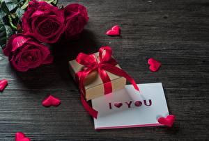Картинка Розы День всех влюблённых Подарки Цветы