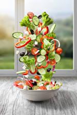 Фотографии Салаты Овощи Огурцы Помидоры Креатив Тарелка Продукты питания