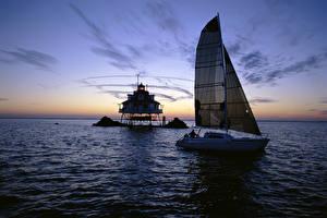 Картинки Море Парусные Рассветы и закаты Яхта
