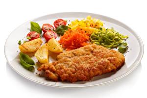 Картинки Вторые блюда Мясные продукты Картофель фри Овощи Белый фон Тарелка