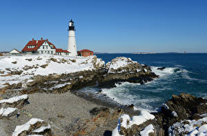 Обои Штаты Берег Маяки Здания Волны Снег Portland Head Light Природа