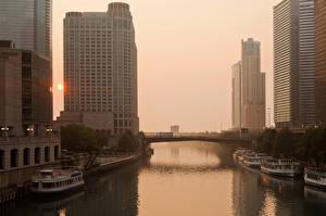 Фотографии США Дома Речка Причалы Корабли Речные суда Рассветы и закаты Чикаго город Illinois Города