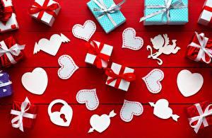 Фотография День всех влюблённых Подарки Сердечко