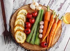Обои Овощи Морковь Томаты Чеснок Еда