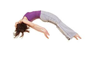 Обои Белый фон Шатенка Прыжок Руки Девушки Спорт