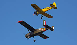 Фотографии Самолеты Двое Полет G-CIGH, G-RLWG Breighton Авиация
