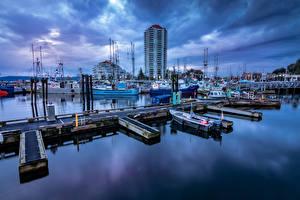 Фото Канада Дома Вечер Причалы Речные суда Ванкувер Залив Nanaimo город