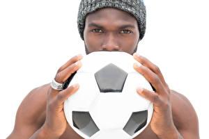 Картинки Футбол Мужчины Пальцы Белым фоном Мячик Негры Спорт