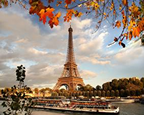 Фото Франция Осень Эйфелева башня Париж Города
