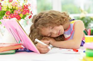 Картинки Девочки Волосы Спящий Ребёнок