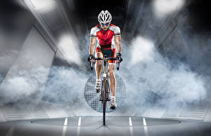 Фото Мужчины Велосипед Спереди Шлем Спорт