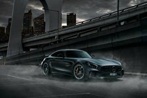 Обои Mercedes-Benz Зеленый 2017-18 AMG GT R Машины