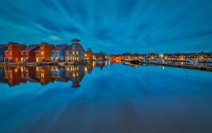 Фото Нидерланды Дома Речка Пристань Вечер Groningen Города
