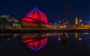 Картинки Нидерланды Речка Ночные Уличные фонари Groningen Города
