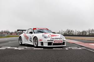 Фотографии Порше Стайлинг Белая 2004 911 GT3 RSR машина