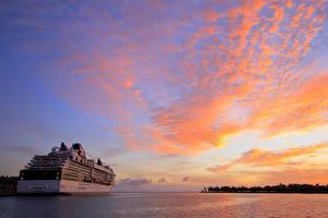 Фото Рассветы и закаты Корабли Круизный лайнер