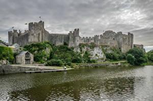 Картинка Великобритания Замки Речка Pembroke Castle Pembrokeshire Wales