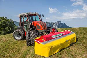 Фото Сельскохозяйственная техника Поля Трактор 2015-18 Reform Mounty 110 V