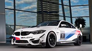 Картинка BMW Белых M4 2018 GT4 Автомобили