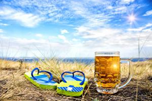 Фото Пиво Небо Кружка Сланцы Продукты питания