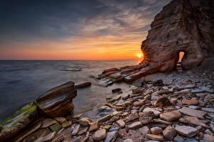 Фото Болгария Побережье Рассветы и закаты Камни Скала Black Sea coast