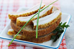 Картинка Бутерброды Хлеб Сало