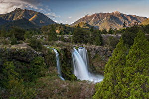 Фотография Чили Горы Водопады Пейзаж Утес Conguillío Природа