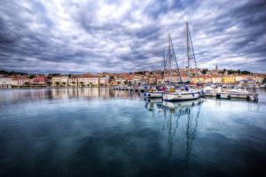 Картинки Хорватия Здания Пристань Парусные Яхта Залив Mali Losinj Города