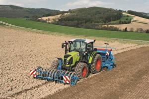 Фотография Поля Сельскохозяйственная техника Трактор 2014-17 Claas Arion 420