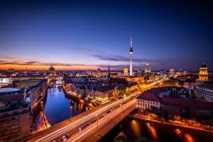 Фотографии Германия Берлин Вечер Дороги Дома