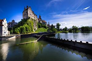 Фото Германия Замки Речка Скала Castle Sigmaringen Города