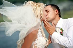 Фото Любовь Невеста Жених Поцелуй Девушки