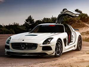 Фото Mercedes-Benz Белый Renntech