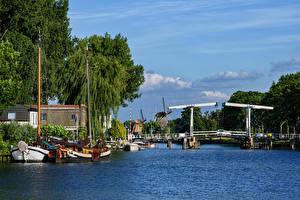 Фотография Нидерланды Речка Мосты Корабли Яхта Weesp Природа