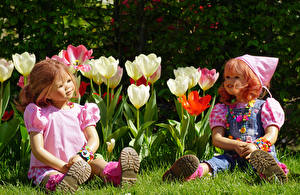 Фото Парки Тюльпаны Кукла 2 Девочки Grugapark Essen