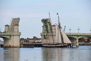 Обои Реки Мосты Корабли Парусные Природа