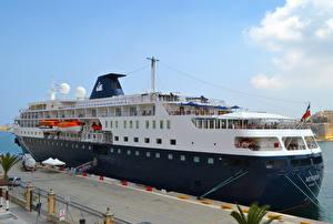 Фотография Корабли Круизный лайнер Пристань Minerva