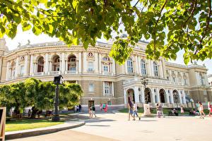 Фото Украина Одесса Здания Городская площадь Уличные фонари Opera House Города