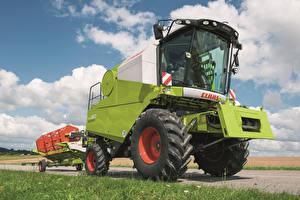 Фото Сельскохозяйственная техника 2011-17 Claas Avero 160