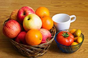 Картинка Яблоки Апельсин Томаты Доски Корзина Чашка Пища