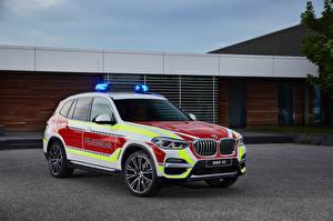 Фотография БМВ Стайлинг Полицейские 2018 X3 xDrive20d Feuerwehr машина